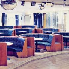 Pódium bár