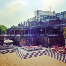 Honvéd Kulturális Központ- Üvegépület